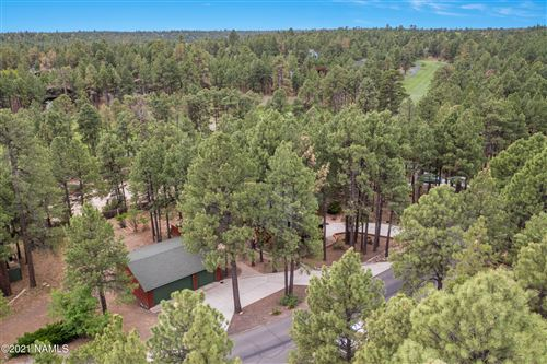 Photo of 2481 N Oakmont Drive, Flagstaff, AZ 86004 (MLS # 186024)
