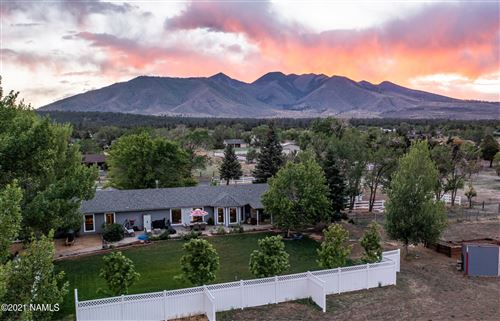 Photo of 11025 N Rodeo Drive, Flagstaff, AZ 86004 (MLS # 186067)