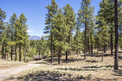 Photo of 2577 E Del Rae Drive, Flagstaff, AZ 86005 (MLS # 182068)