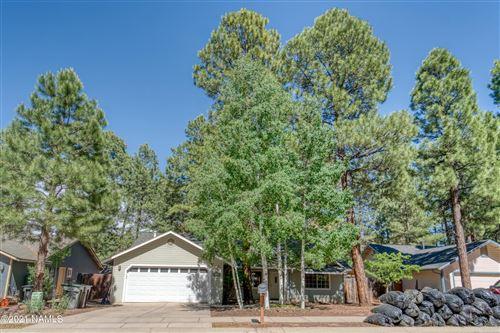Photo of 3647 S Cheryl Drive, Flagstaff, AZ 86005 (MLS # 186110)