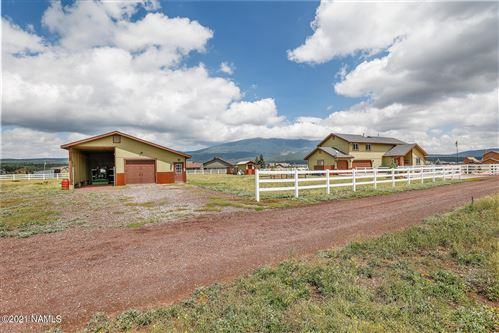 Photo of 8326 W Roundup Trail, Flagstaff, AZ 86001 (MLS # 187116)