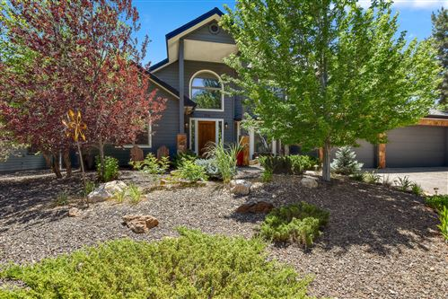 Photo of 772 N Fox Hill Road, Flagstaff, AZ 86004 (MLS # 182118)