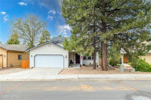 Photo of 751 N Pine Cliff Drive, Flagstaff, AZ 86001 (MLS # 186121)