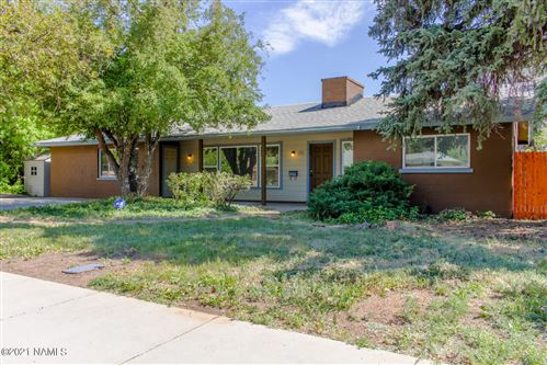 Photo of 305 W Navajo Road, Flagstaff, AZ 86001 (MLS # 186133)