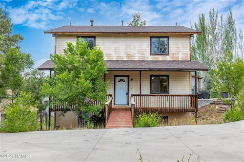 Photo of 55 S Pinegrove Road, Flagstaff, AZ 86001 (MLS # 186271)