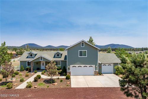 Photo of 11439 N Soaring Eagle Drive, Flagstaff, AZ 86004 (MLS # 186296)