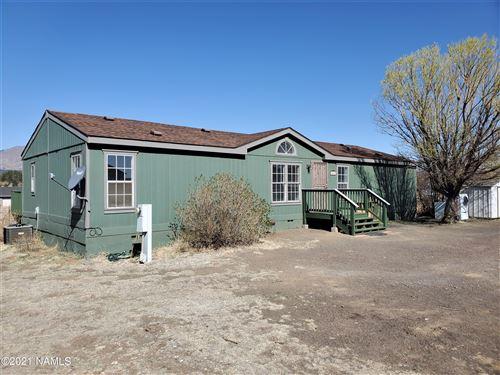 Photo of 10110 Aurora Road, Flagstaff, AZ 86004 (MLS # 185304)