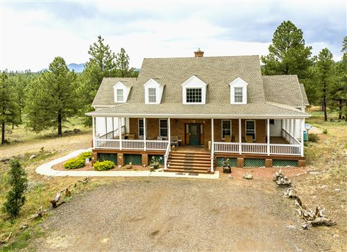 Photo of 855 S Tall Timber Trail, Parks, AZ 86018 (MLS # 178333)