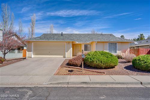 Photo of 6886 E Eagle Crest Drive, Flagstaff, AZ 86004 (MLS # 185341)