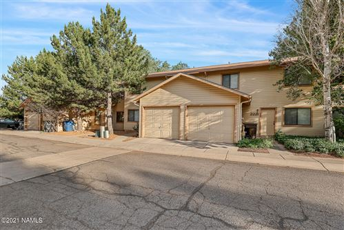 Photo of 2229 E Arroyo Seco Drive, Flagstaff, AZ 86004 (MLS # 186463)