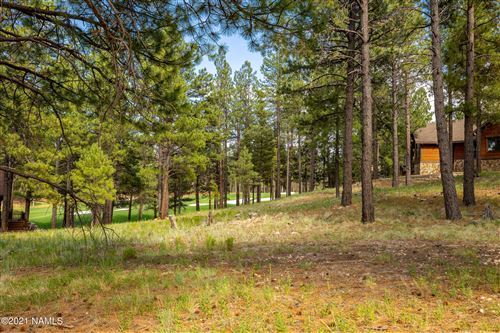 Photo of 3925 S Clubhouse Circle #309, Flagstaff, AZ 86005 (MLS # 186515)