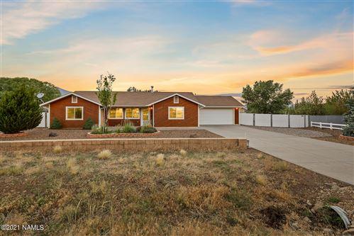 Photo of 11340 N Zady Lane, Flagstaff, AZ 86004 (MLS # 186592)