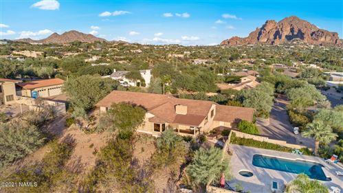 Photo of 5816 N 39th Street, Paradise Valley, AZ 85253 (MLS # 187625)