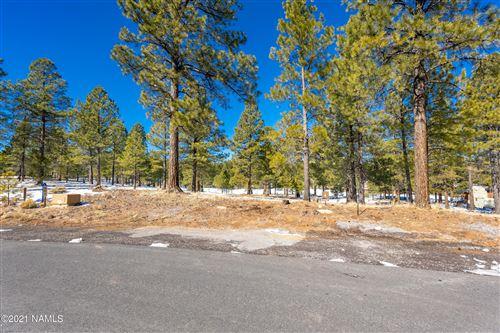 Photo of 1600 E Castle Hills Drive #4, Flagstaff, AZ 86005 (MLS # 184627)