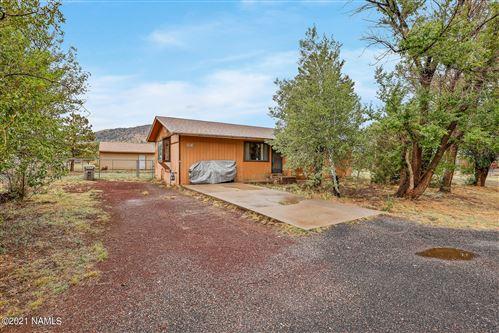Photo of 9576 N Lunar Drive, Flagstaff, AZ 86004 (MLS # 186667)