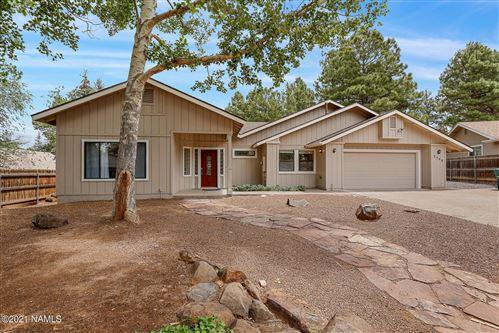 Photo of 2588 N Grey Fox Way, Flagstaff, AZ 86004 (MLS # 186669)