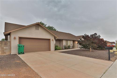 Photo of 2044 Iron Horse Drive, Winslow, AZ 86047 (MLS # 186733)