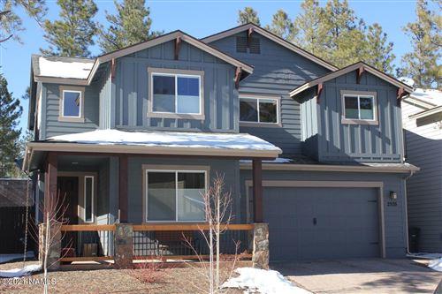 Photo of 2935 S Pepita Drive, Flagstaff, AZ 86001 (MLS # 186763)