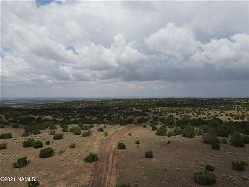Photo of 12507 Mesa View Road, Williams, AZ 86046 (MLS # 186775)
