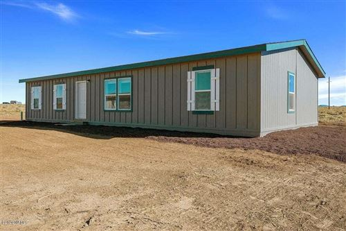 Photo of 2927 S Grand Canyon Boulevard, Williams, AZ 86046 (MLS # 184803)