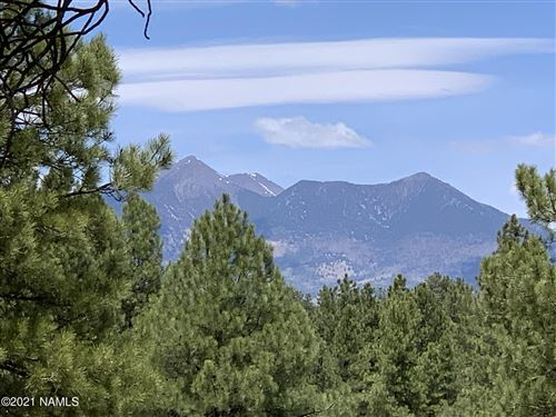 Photo of 3965 S Clubhouse Circle #304, Flagstaff, AZ 86005 (MLS # 185803)