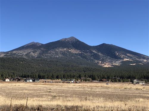 Photo of 8547 Vista Peak Way, Flagstaff, AZ 86001 (MLS # 179805)