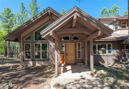 Photo of 105 W Mt Elden Lookout Road, Flagstaff, AZ 86001 (MLS # 184806)