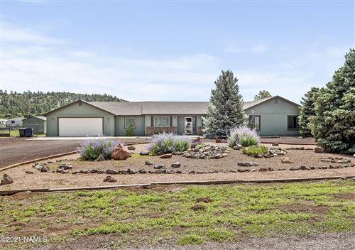 Photo of 8545 Crystal View Lane, Flagstaff, AZ 86004 (MLS # 186856)