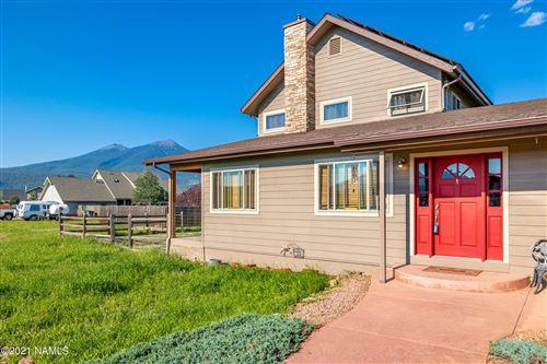 Photo of 6860 N Bader Road, Flagstaff, AZ 86001 (MLS # 186896)