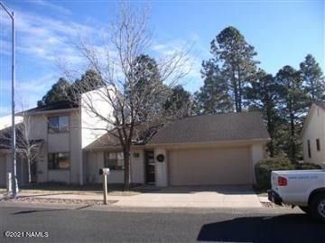 Photo of 1710 N Fairway Drive, Flagstaff, AZ 86004 (MLS # 185985)
