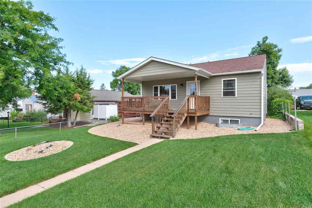 Photo for 1017 Roberts Street, Belle Fourche, SD 57717 (MLS # 62364)