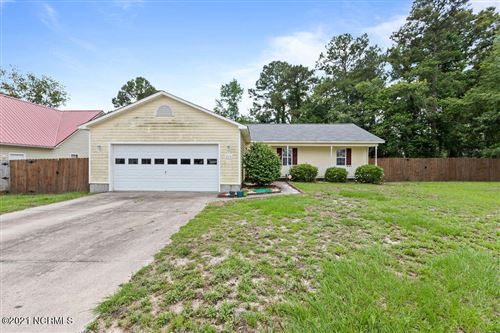 Photo of 204 Redberry Drive, Richlands, NC 28574 (MLS # 100277001)