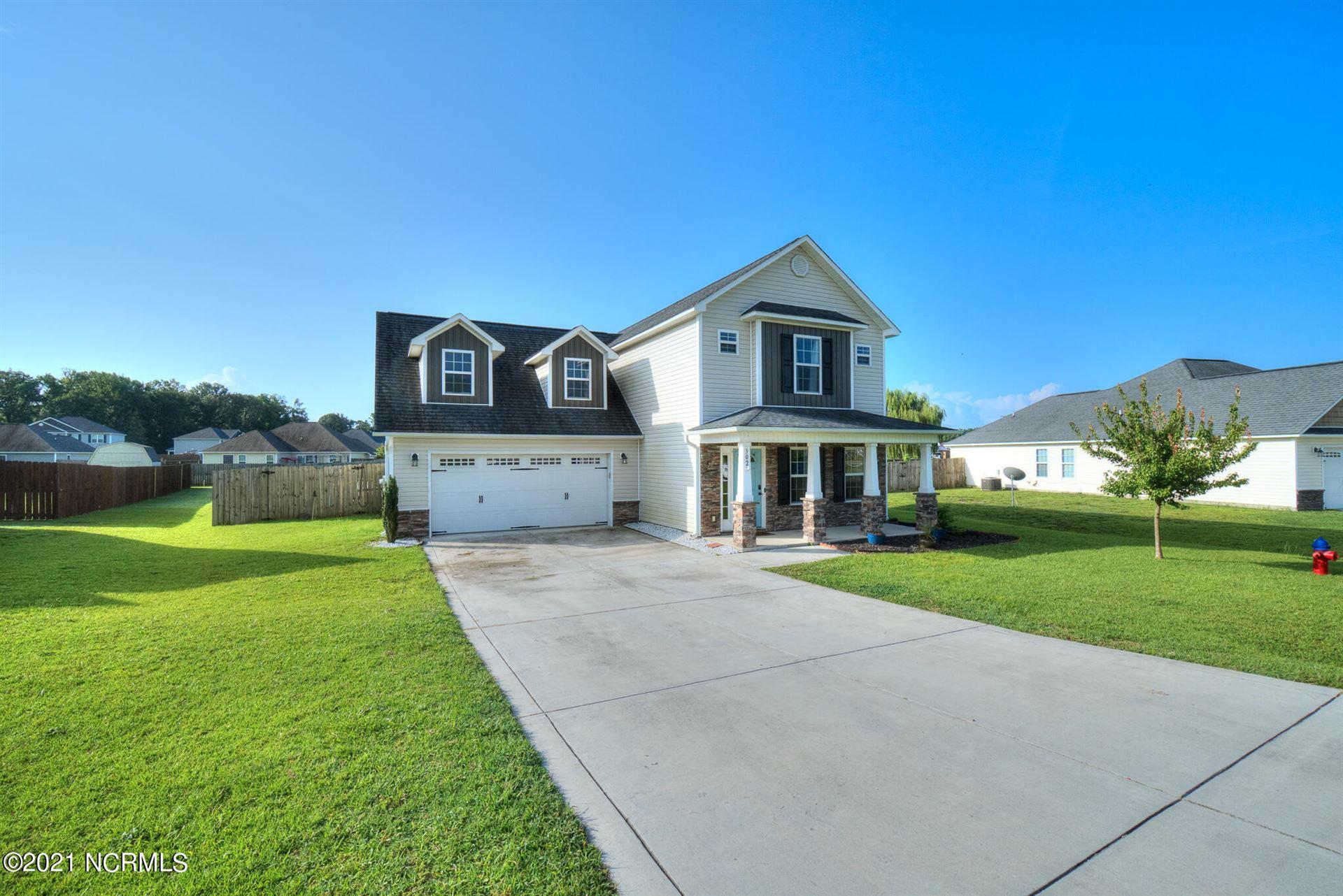 Photo of 302 Cadenza Lane, Richlands, NC 28574 (MLS # 100283002)