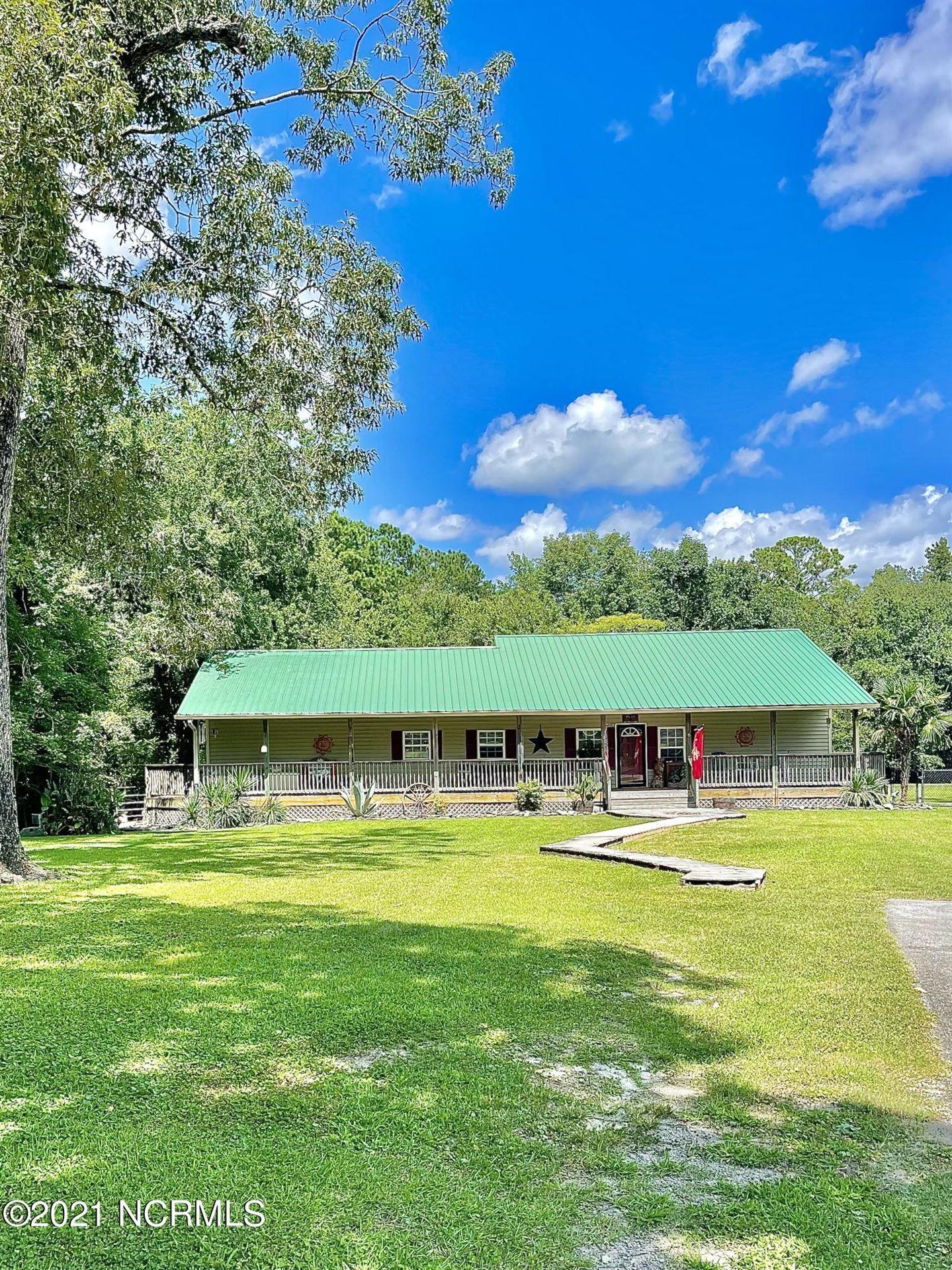 Photo of 122 Lynnwayne Circle #-, Havelock, NC 28532 (MLS # 100286002)