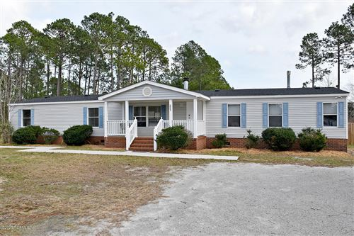 Photo of 225 Hearthside Drive, Rocky Point, NC 28457 (MLS # 100204004)