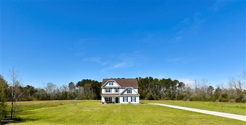 Photo of 674 Five Mile Road, Richlands, NC 28574 (MLS # 100210008)