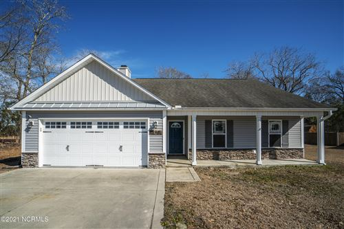 Photo of 404 Duster Lane, Richlands, NC 28574 (MLS # 100256008)