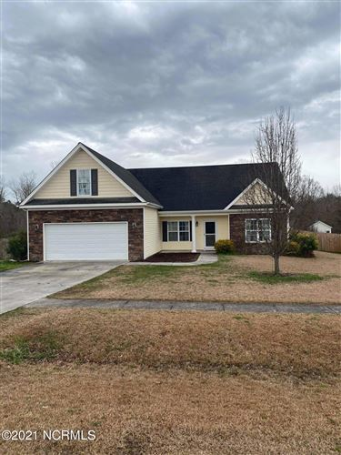 Photo of 228 Emerald Ridge Road, Jacksonville, NC 28546 (MLS # 100259008)