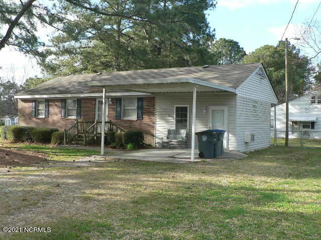 Photo of 2916 Meadowbrook Road, Rocky Mount, NC 27801 (MLS # 100263009)