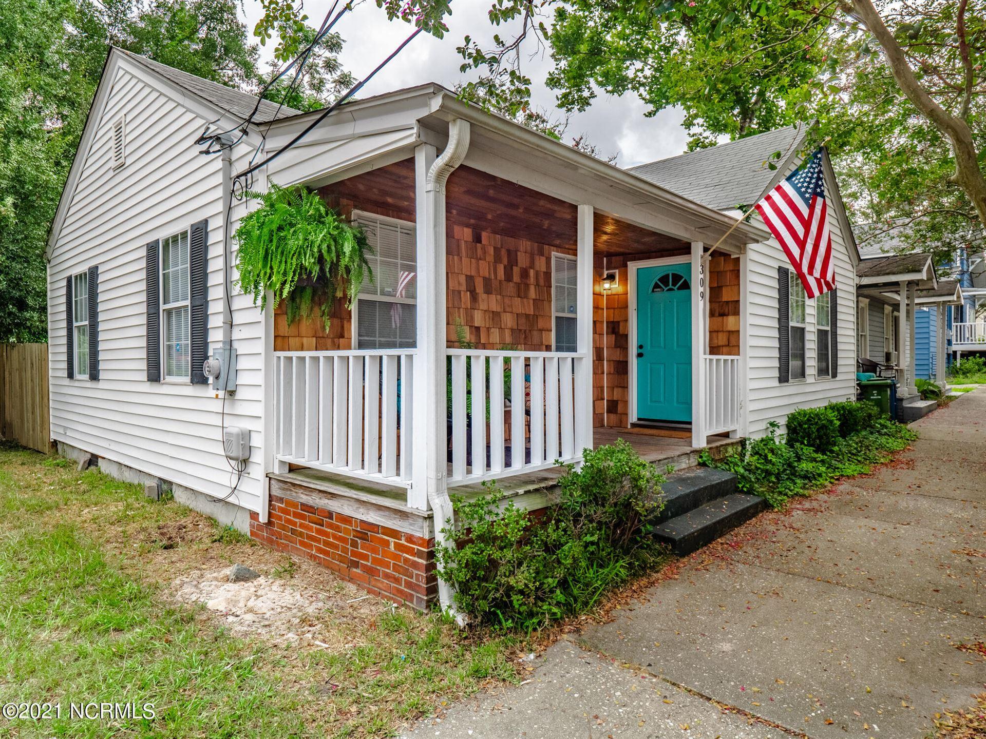 Photo of 309 Marstellar Street, Wilmington, NC 28401 (MLS # 100287009)