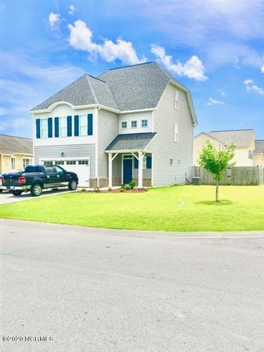 Photo of 311 Pebble Shore Drive, Sneads Ferry, NC 28460 (MLS # 100224017)