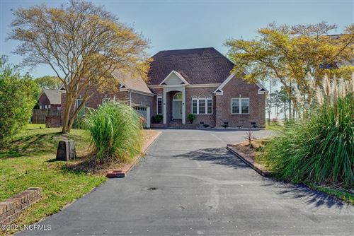 Photo of 307 Starboard Cove, Sneads Ferry, NC 28460 (MLS # 100261017)