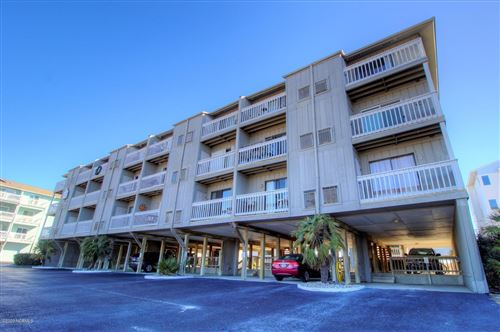 Photo of 600 Carolina Beach Avenue S #3a, Carolina Beach, NC 28428 (MLS # 100226020)