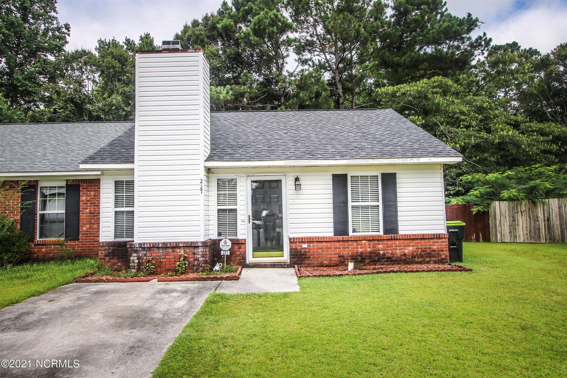 Photo of 227 Deer Creek Drive, Jacksonville, NC 28546 (MLS # 100285020)