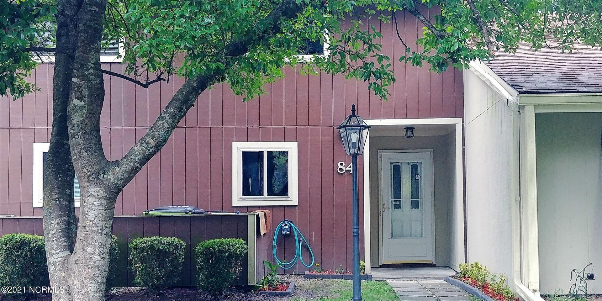 Photo of 84 Quarterdeck Townes, New Bern, NC 28562 (MLS # 100284021)