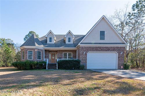 Photo of 408 Chadwick Shores Drive, Sneads Ferry, NC 28460 (MLS # 100255022)
