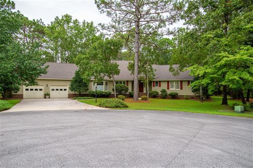 Photo of 910 Capstan Court, New Bern, NC 28560 (MLS # 100230025)
