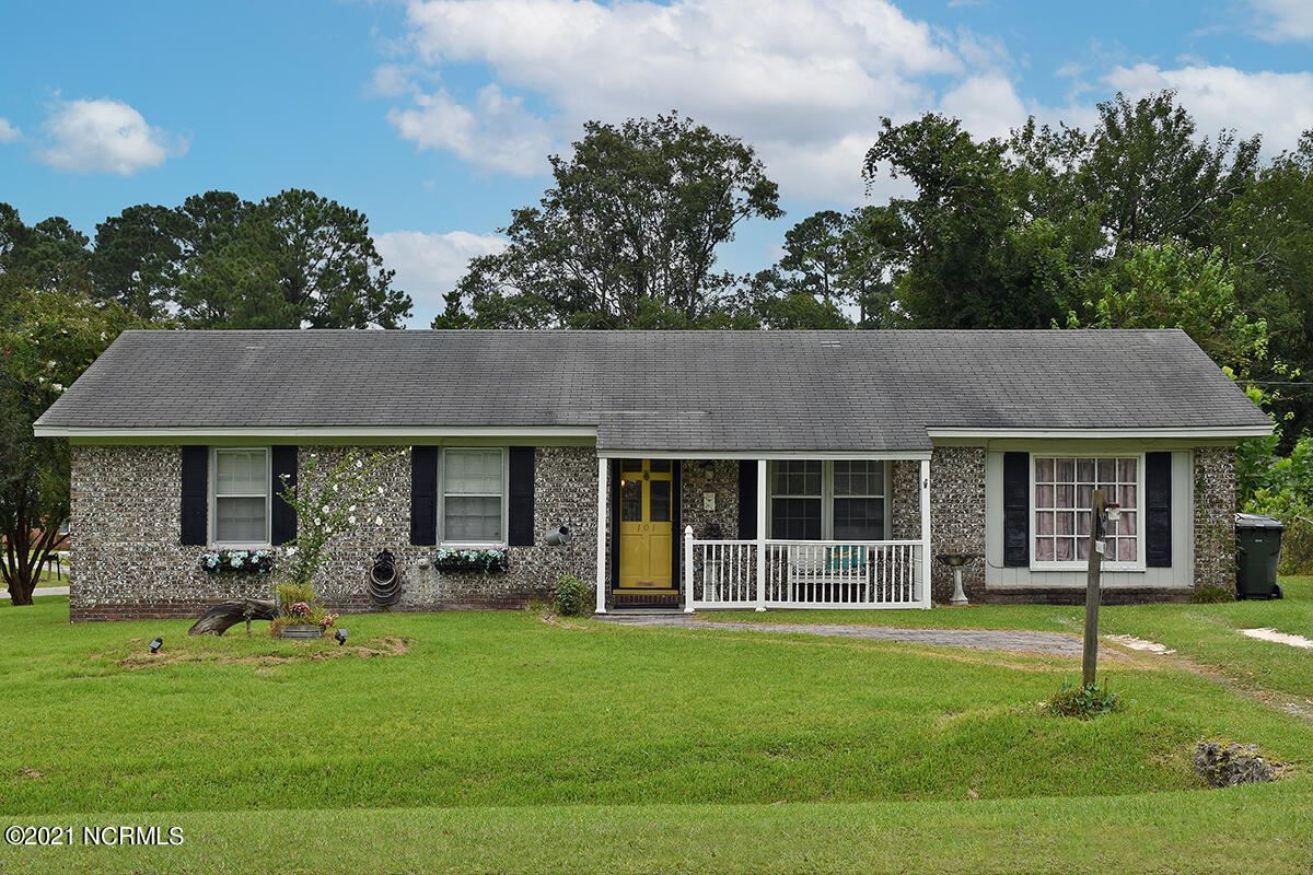 Photo of 101 Linville Drive, Castle Hayne, NC 28429 (MLS # 100289025)