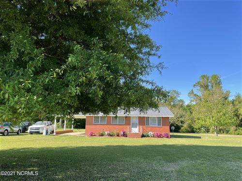 Photo of 4 Rozier Road, Lumberton, NC 28358 (MLS # 100267027)