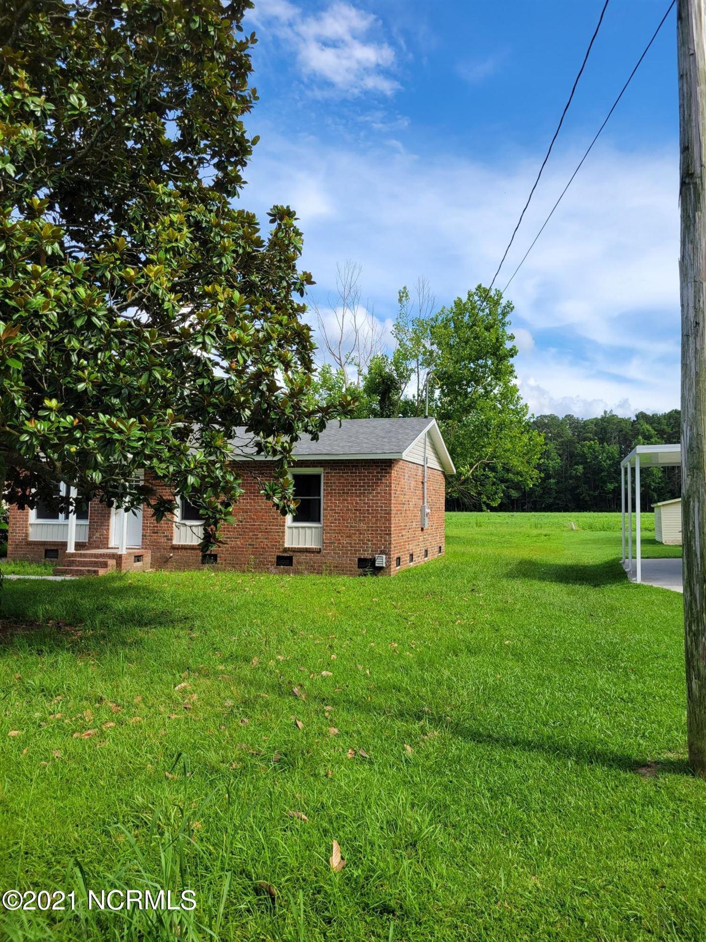 Photo of 4467 S Edge Road, Ayden, NC 28513 (MLS # 100281029)